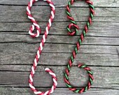 "Twisted (2"") Ornament Hooks choice of Red-White or Red-Green, Set of 12"
