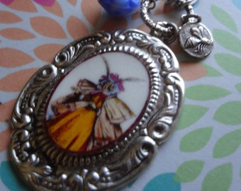 Bee necklace Queen bee mamas night out