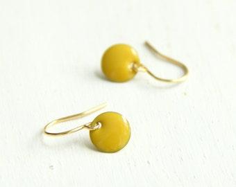 Mustard Yellow CANDY DOT enamelled coin earrings. Round drop Earrings. Disc Earrings. Simple Gold Earrings