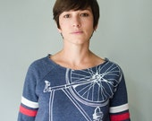 FIXIE Bike SWEATSHIRT LARGE women's white bicycle on navy pullover sport fleece L