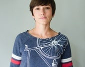 FIXIE Bike SWEATSHIRT XL women's white bicycle on navy pullover sport fleece extra large