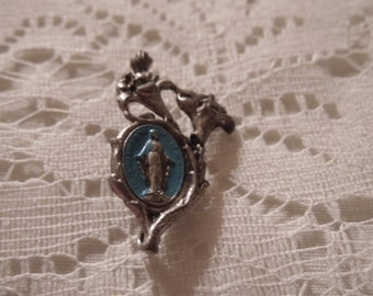 Vintage Religious 1950's Virgin Mary Religious Pin/Brooch