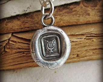 Tiny Lyre of Hermes Wax Seal Necklace - V1270