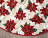 Beautiful Bold Red Poinsettia Christmas Tree Skirt, Christmas, Cream, Red, Floral Tree skirt, Gold