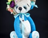 New miniature Thread Crochet Teddy Bear, Tabitha, with new features