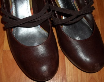 Vintage Inspired GIANNI BINI Leather Pumps - Size 10