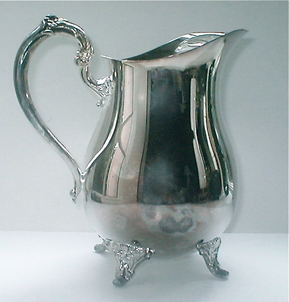 Oneida Silver Plate Water Pitcher - Classic Round Belly Footed Serving