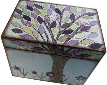 Wedding Guest Book Box Alternative, Decoupaged Wedding Box, Holds 4x6 Cards Purple,Green Tree Box, Couples,Bridal Shower Gift, MADE TO ORDER