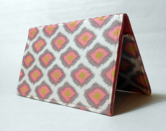 Checkbook Cover - Pink Diamonds