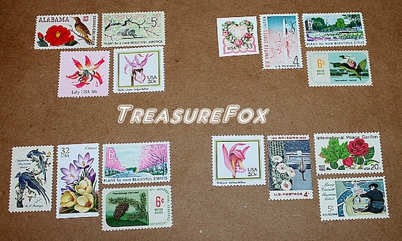 Flower Power IV .. Unused Vintage US Postage Stamps .. Enough to mail 20 letters. Curated stamps for special mailings, weddings and parties!