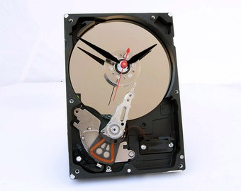 hard drive clock, Computer parts clock, Geek clock gift, upcycled,  geek lovers gift, Recycled Computer Hard Drive Clock, steampunk clock