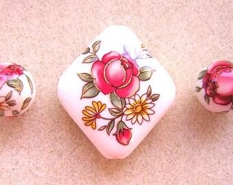 New Lovely JAPANESE TENSHA Beads Red ROSE on White Diamond Set