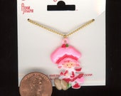 Vintage 1981 STRAWBERRY SHORTCAKE With Hearts Plastic Charm On 16 Inch Necklace Original Card No.66C