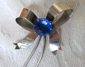 Vintage Sterling Silver Bow Pin Brooch with Sapphire Blue Glass Stone Romantic Design