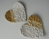 Pair of Mini Heart Dishes / Tea Bag Holders in White and Tan with Wildflower Design