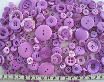 100 pcs of Sweet Purple Button in Mixed Size
