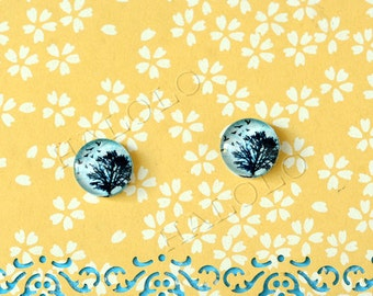 Sale - 10pcs handmade tree and flying birds round clear glass dome cabochons 12mm (12-9935)