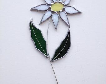 Daisy Stained Glass Suncatcher