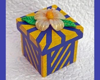 Ring / Jewelry  Keepsake Gift Box
