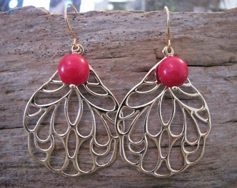 Earrings wing gold plated with red glass bead