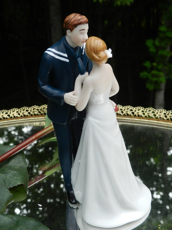 sailor and bride wedding cake topper items similar to usn navy sailor wedding cake 19617