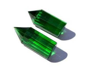 2Pcs 1 Matched Pair AAA Green Quartz Faceted Pencil Briolette Size 20x8mm Pencil Point, Fancy Chandelier, Fancy Briolettes