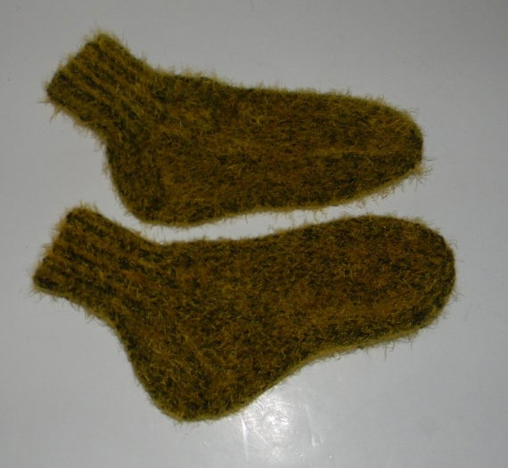 Knitted Sock Patterns On Circular Needles : Items similar to KNITTING PATTERN - socks on 2 needles on Etsy