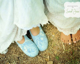 Custom felted Wedding shoes in blue&white