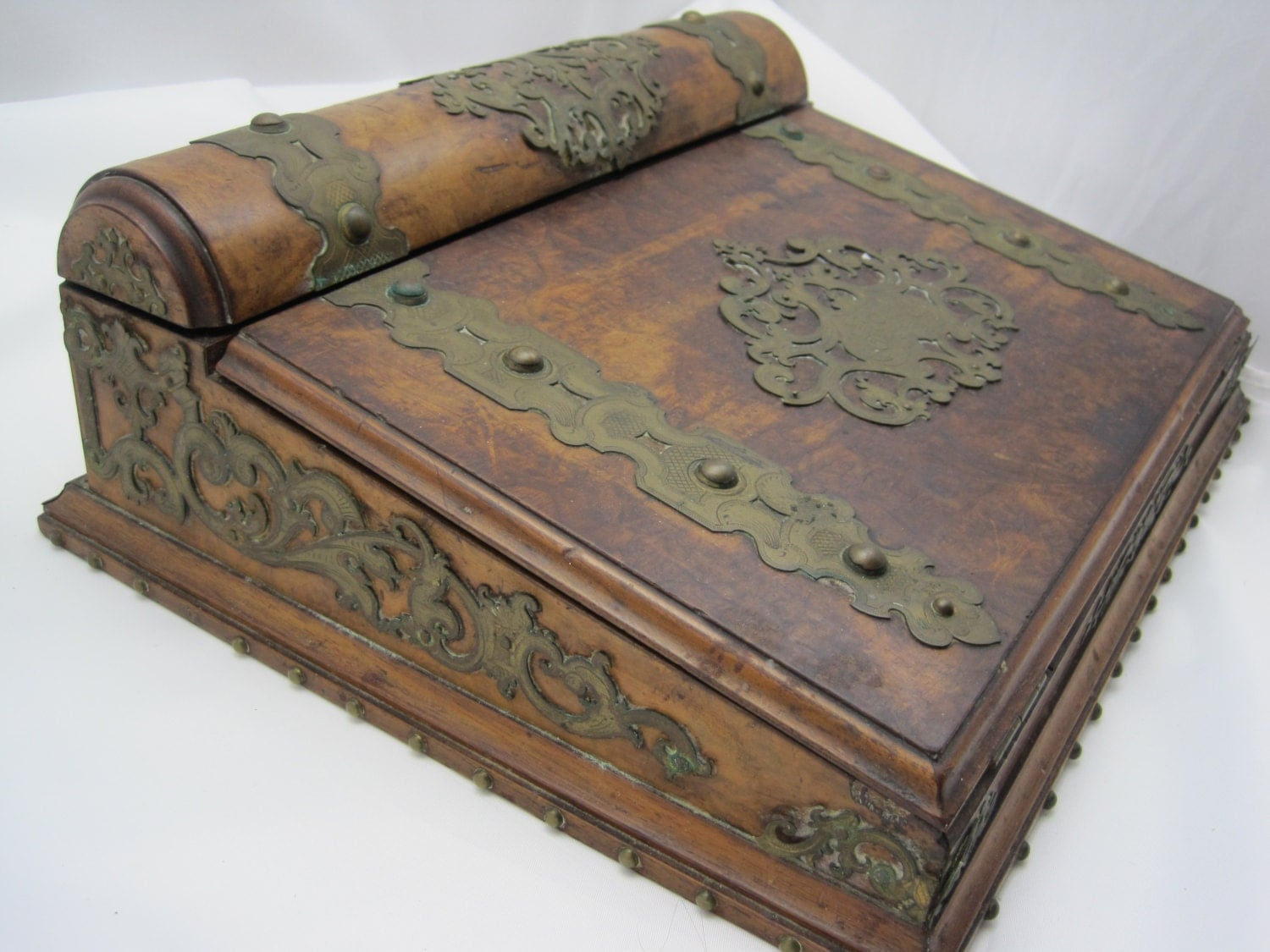 antique travel desk burl wood antique victorian tabletop. Black Bedroom Furniture Sets. Home Design Ideas