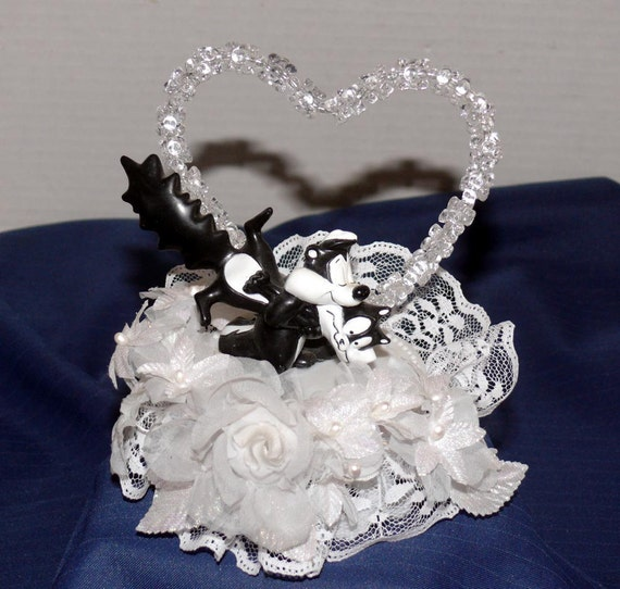 Pepe Le Pew And Penelope Cake Topper