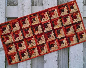 Quilted Table Runner - Log Cabin - Fall (TGTRJ)