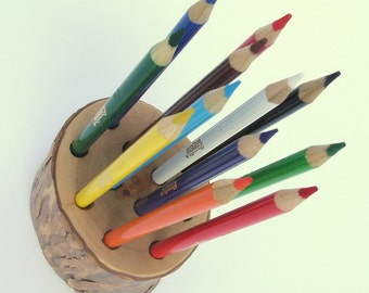 Colored Pencil Holder Rustic Style for 12 Included Crayola Colored Pencils