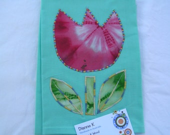 Tea Towel Tulip with Leaves (392)