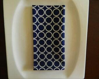 Navy Blue and White Napkins. Navy Circles Cotton. Set of 6. Every Day Napkins. Contemporary Napkins.