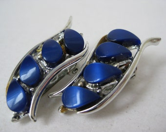 Blue Silver Modern Earrings Clip Thermoset Plastic Vintage
