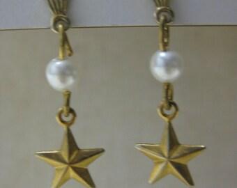 Star Pearl Earrings Pierced Post Gold Dangle Vintage