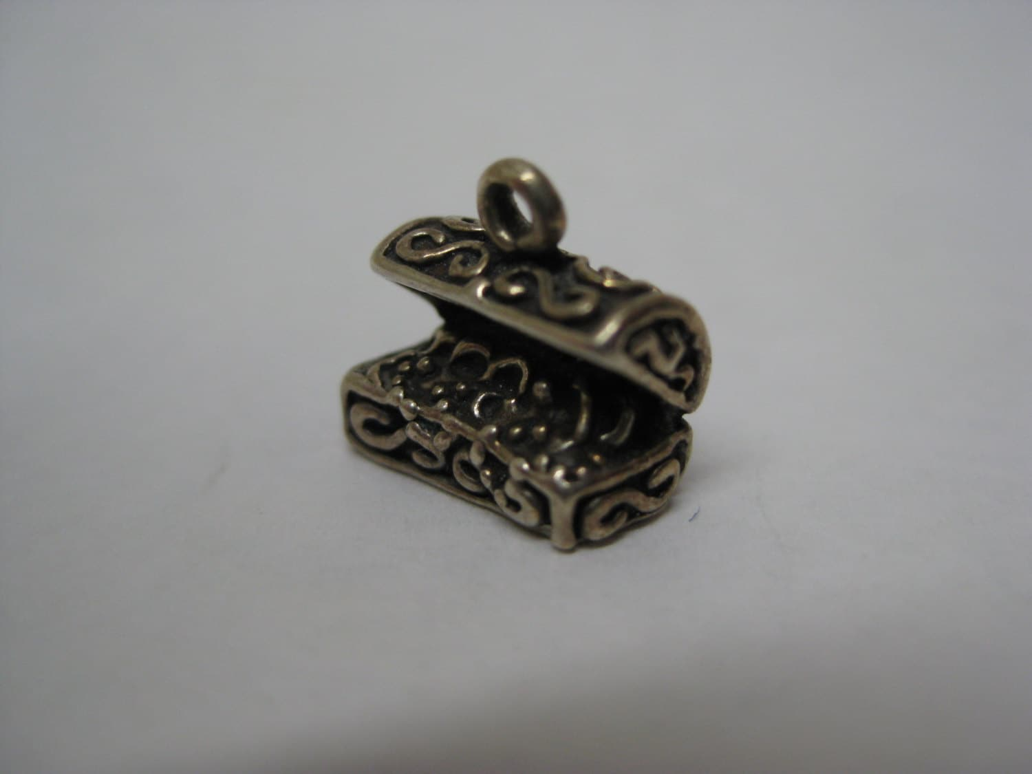 treasure chest sterling silver charm vintage 925