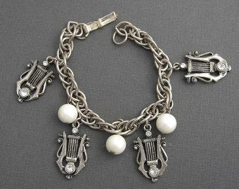 Vintage Music Themed Charm Bracelet Harp Jewelry B5646