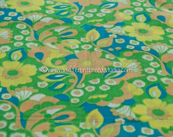 Groovy Tropical Floral- Vintage Fabric 50s 60s New Old Stock Great Graphics Mod Colors 35 in wide