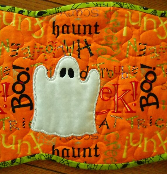 Halloween Table Runner Glow in the Dark Applique Ghosts with Scalloped Edges