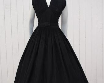 Vintage 1950's Dress * Black Taffeta * New Look * SUZY PERETTE * Party Prom Holiday * Shelf Bust *