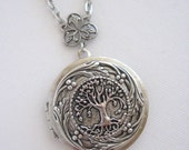 Willow Tree,LOCKET,Family Tree,Silver Locket Necklace,Tree of Life Necklace,World Tree,Antique Locket,Yggdrasil,Celtic Jewelry,Pagan Jewelry