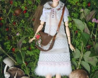 jiajiadoll- light grey flower hand embroider fur dress fit momoko or misaki or blythe pullip