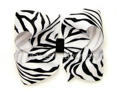 Zebra Hair Bow, 4 inch Basic Bow, Zebra Boutique Bow Classic Bow Black and White Baby Toddler Girl