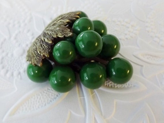 Art Deco Dress Clip Gatsby Era Vintage Jewelry Green Grape Cluster 1920s 1930s