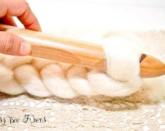 Big ChiaoGoo Jumbo Bamboo Crochet Hook for chunky, big yarn