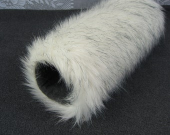 Russian Husky Faux Fur Hand MUFF, Women's Hand Muff, Faux Fur Muff, Winter Hand Muff, Long Fur Muff