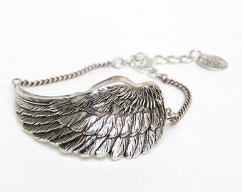 Wing Bracelet Woman Gift/ Special gift/ Silver bracelet/ Elegant style/ Unique bracelet/ Handmade/ Made in France/Fashionable bracelet