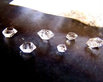 Quantity of 10  Herkimer Diamonds  - TINY genuine New York Herkimer - lot of crystals - clear Quartz Crystal small specimen - Diamond Quartz