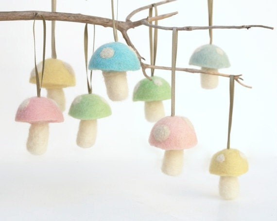 Pastel Toadstool Ornaments 8 Wool Felt Mushroom Decorations Toadstool Woodland needle Waldorf Pink Fairytale Baby Nursery Home Decor Cute